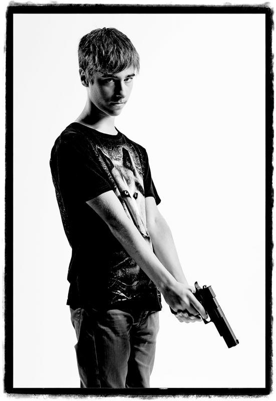 Gangsta No.1 by Julian Hanford