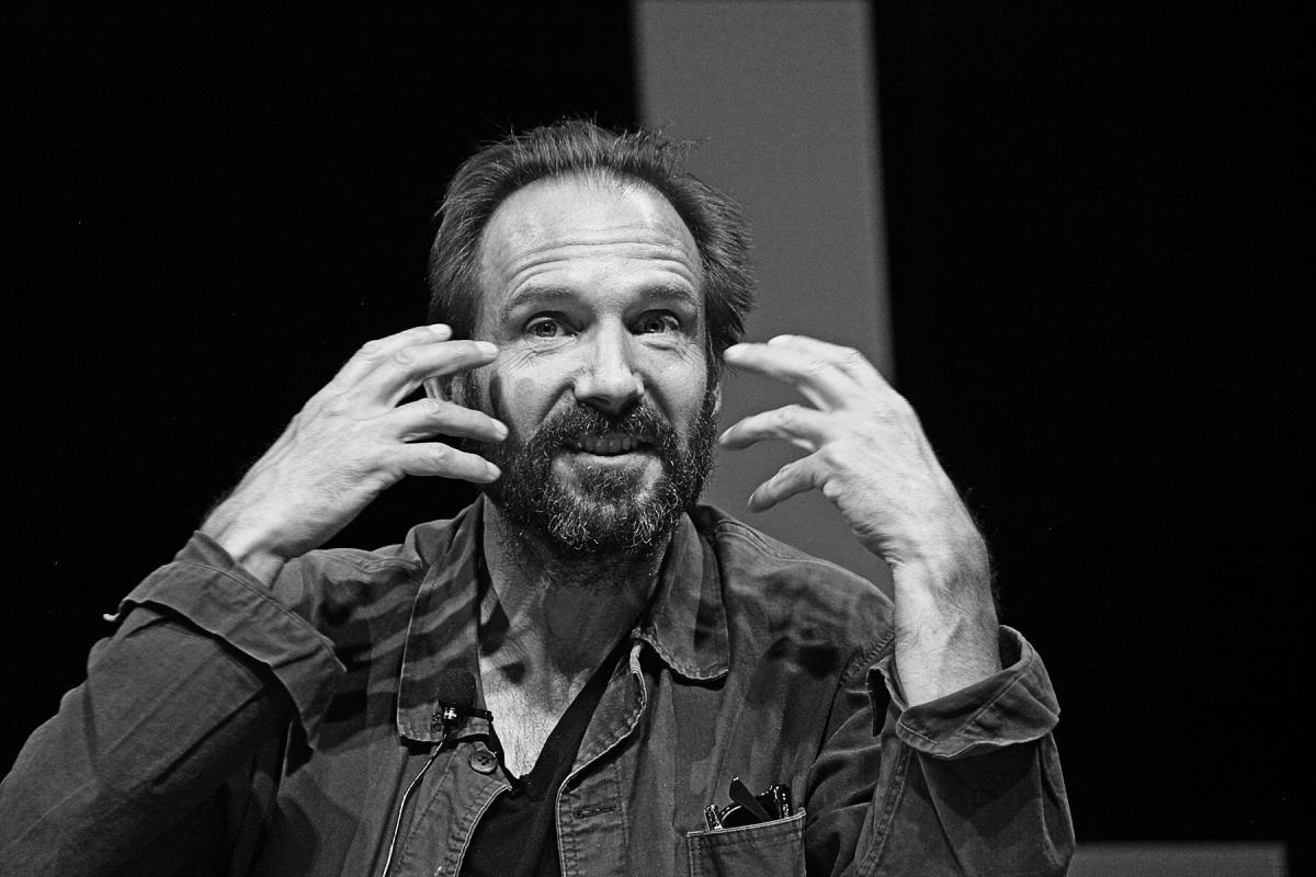 Portrait of Ralph Fiennes by Julian Hanford